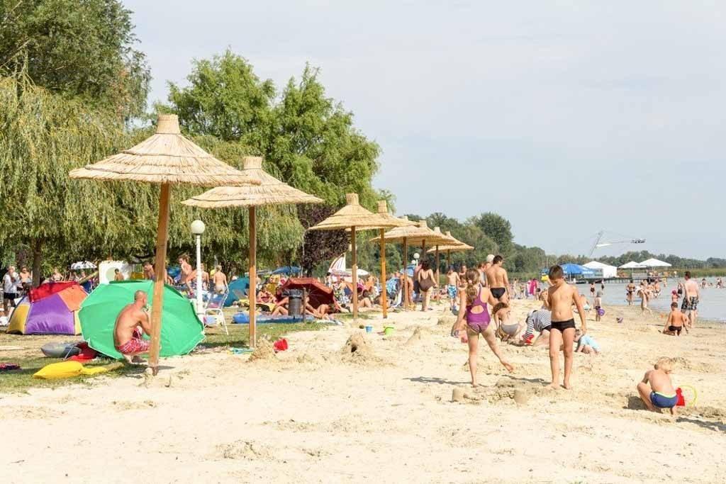 Vonyarcvashegy - balatoni Lidó strand