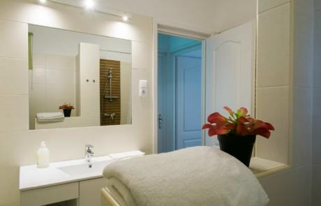 Balatoni családbarát apartmanok Keszthely - Toldi68 Apartmanház B apartman fürdő.